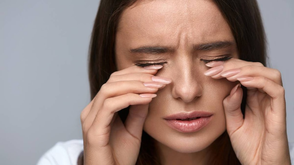 Eye Allergies 101: Triggers & Treatment Options