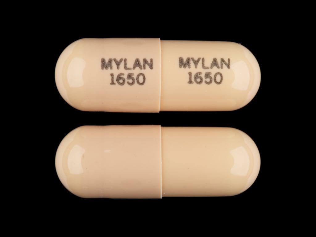Imprint MYLAN 1650 MYLAN 1650 - nitrofurantoin 50 mg
